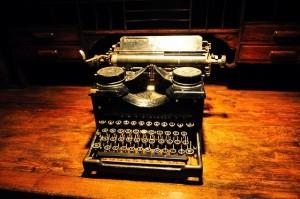 Underwood-Typewriter-600x398