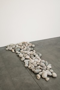 ONO_Stone-Piece_v2_photo-Pierre-Le-Hors-600x900